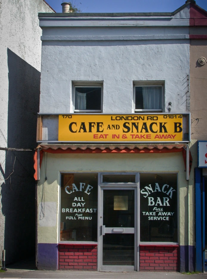 London Rd Cafe and Snack B