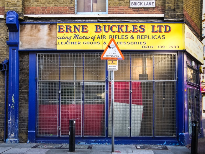 Moderne Buckles Ltd