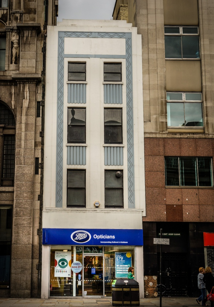 Boots Opticians (Strand)