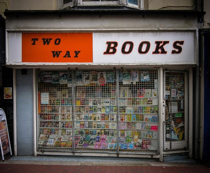 TwoWayBooks GardnerSt Brighton Nr BN1 1UN 0438_1200