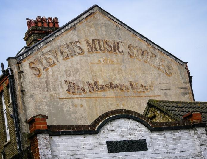 Servowarm, Steven's Music Stores