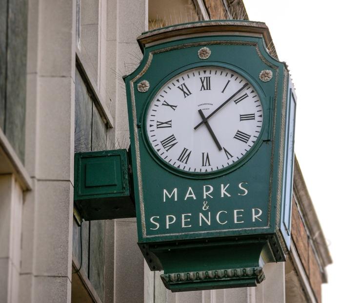 Marks&Spencer clock StAlbans AL1 6283_1200