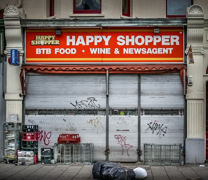 Happy Shopper (Oval)