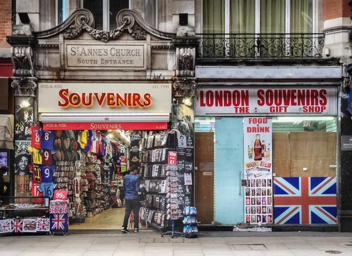 London Souvenirs, Aysel & Aysel Souvenirs