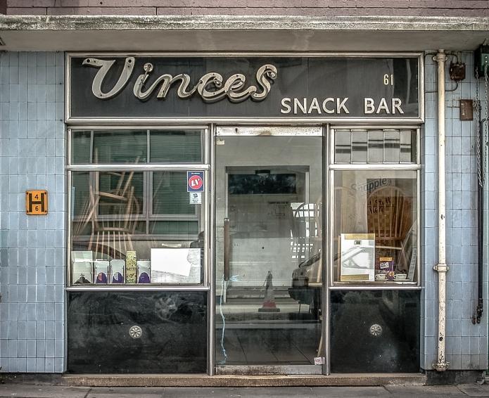Vinces Snack Bar