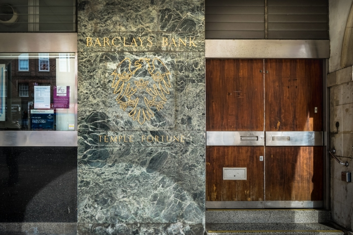 Barclays Bank (Temple Fortune)