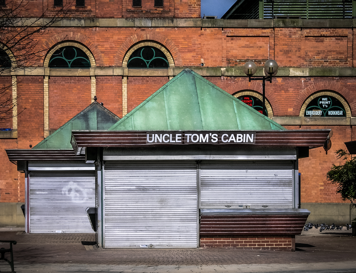 Uncle Tom's Cabin – Shopfront Elegy